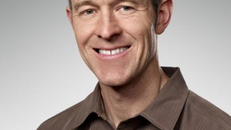 Apple makes executive announcements